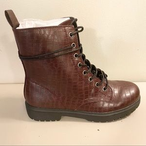 Bowfin Burgundy Ankle Combat Boot 9.5